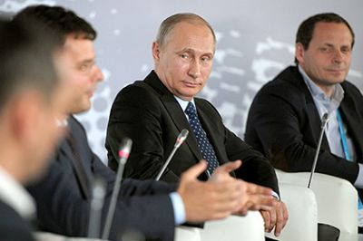 Путин выступил против ограничения свобод винтернете